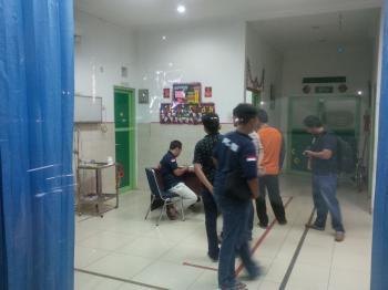 Foto Orang Sakit Di Rumah Sakit Malam Hari